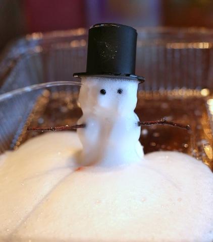 Foaming Snow Dough